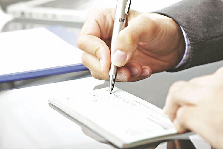 اصلاحات جدید قانون صدور چک؛ مسدود شدن کلیه حسابهای صاحب چک بیمحل تا ممنوعیت صدور چک حامل